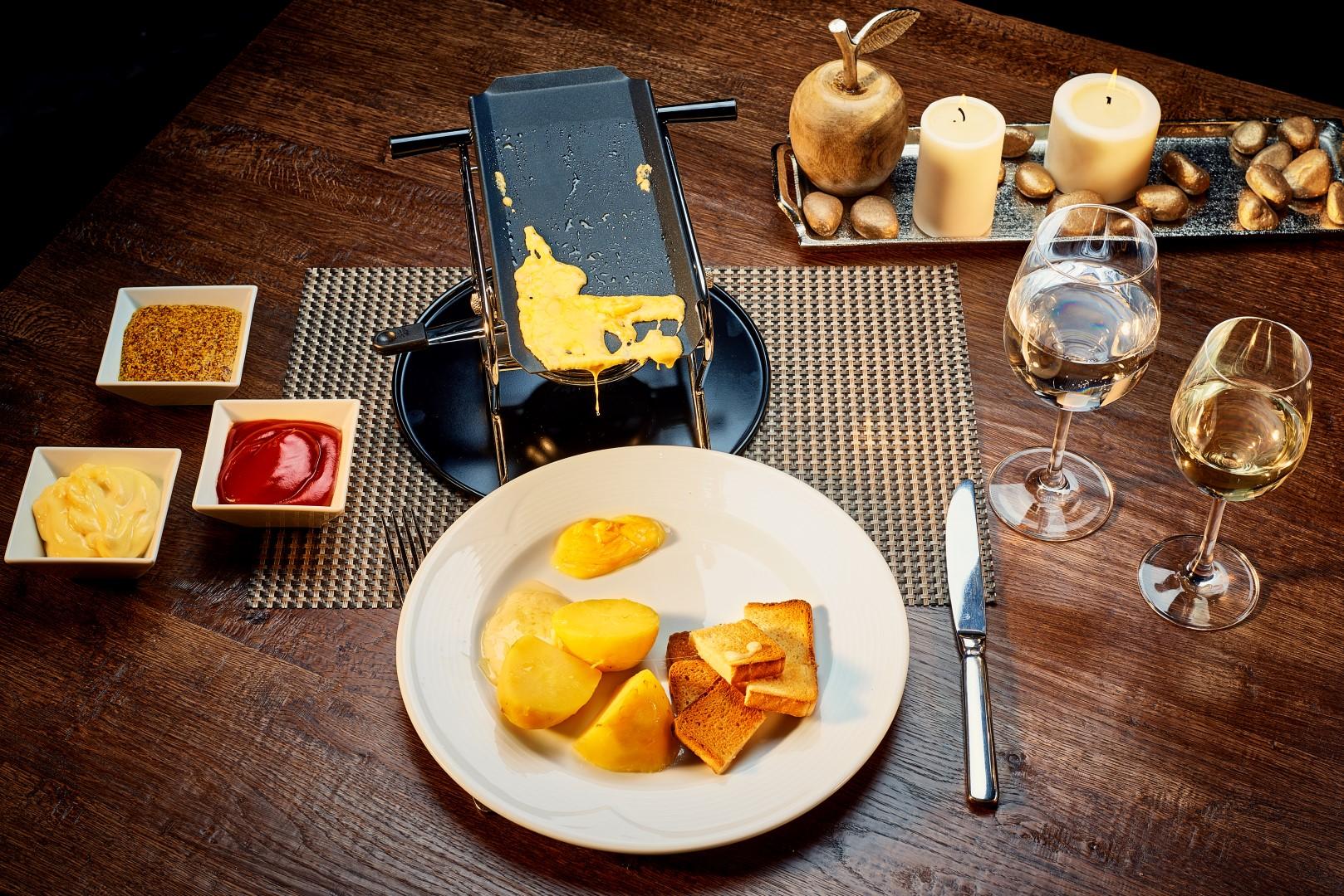 Raclette fondue special