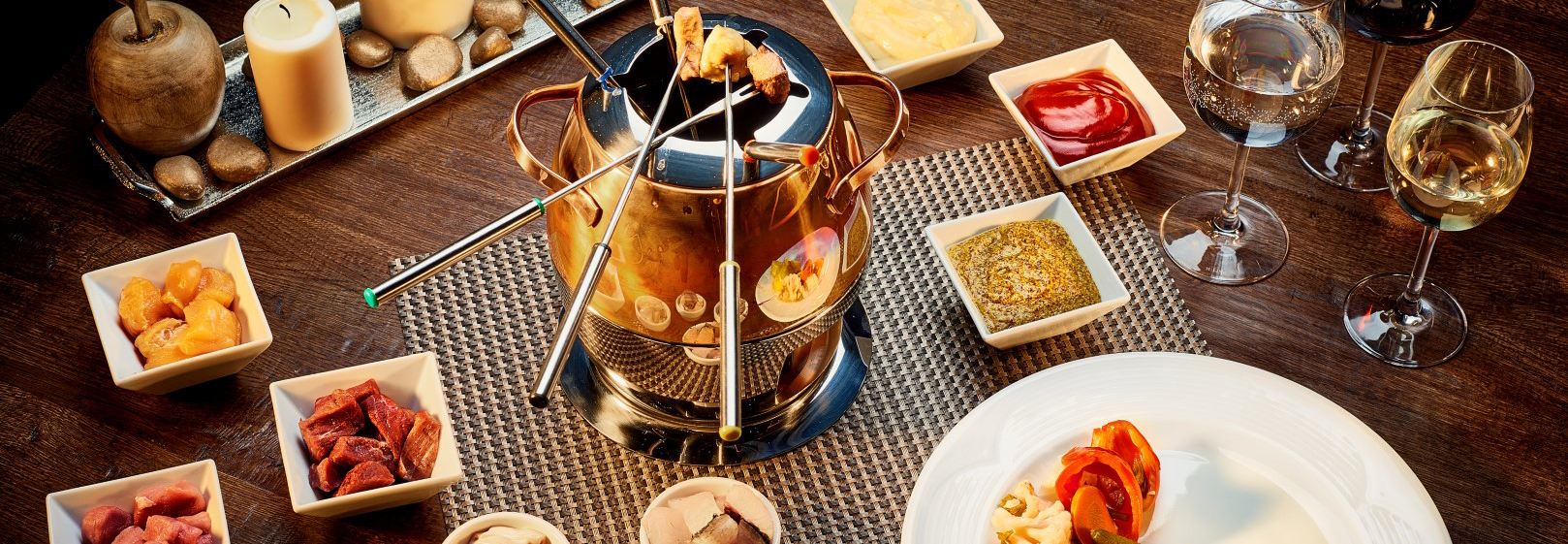 Fondue with oil