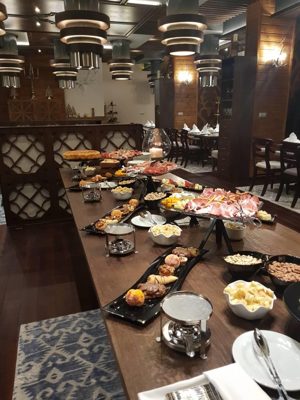 Първите гости в ресторант Фондю