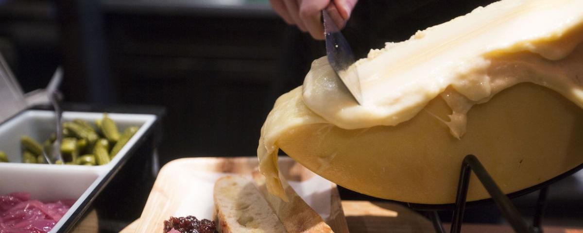 Raclette Cheese - photo | Fondue.bg