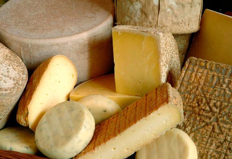 Швейцарско сирене - снимка | Fondue.bg