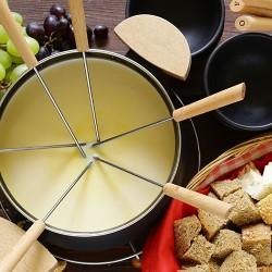 [:bg]Традиционно швейцарско фондю[:en]Traditional Swiss fondue[:]