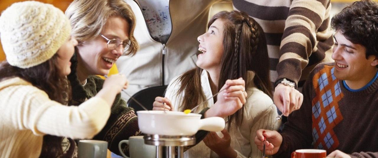 [:bg]Класическо фондю с приятели[:en]Classic fondue with your friends[:]