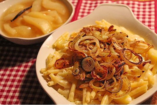 Älplermagrone и други алпийски ястия с макарони